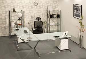 Wygodne stanowisko pracy – meble pracownicze, biurka