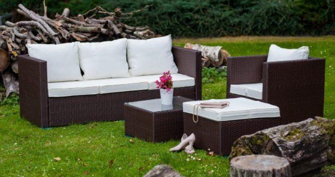 Jak przechowywać meble ogrodowe w zimie?